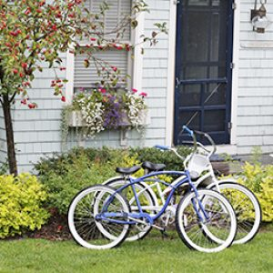 biking-at-the-cottages-at-cabot-cove-kennebunkport-maine
