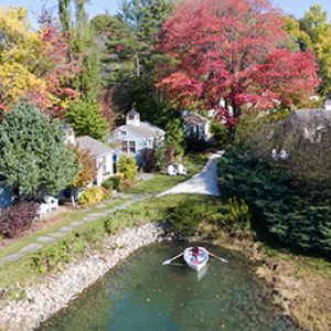 kayaking-at-the-cottages-at-cabot-cove-kennebunkport-maine